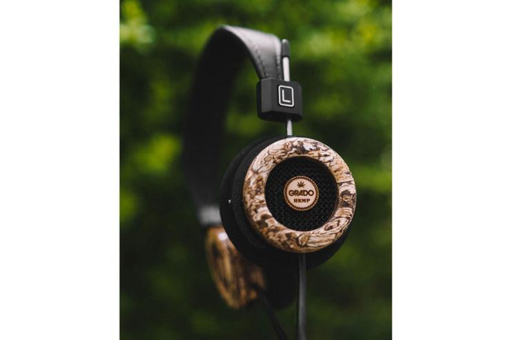 こちらは初代The Hemp Headphone
